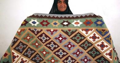 Carpet weaving4