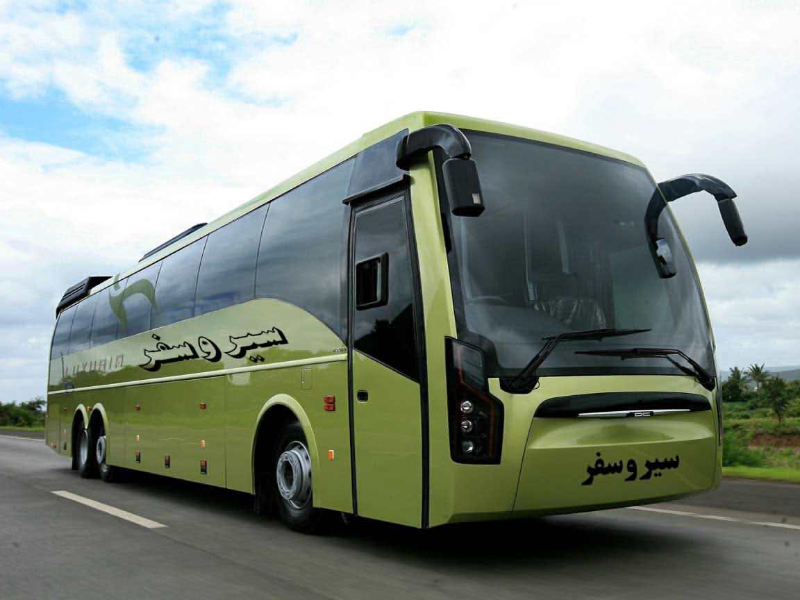 اتوبوسى در جاده موفقیت