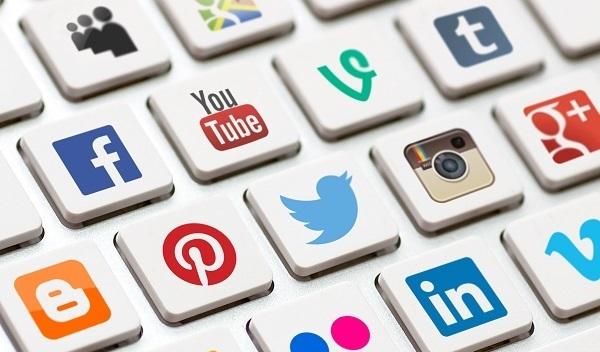 کسب وکارهای سنتی هم به فعالیت اینترنتی نیاز دارند