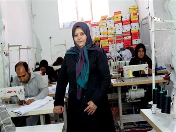 تولیدات کارگاه بانوی بجنوردی در ویترین بازارهای خاورمیانه